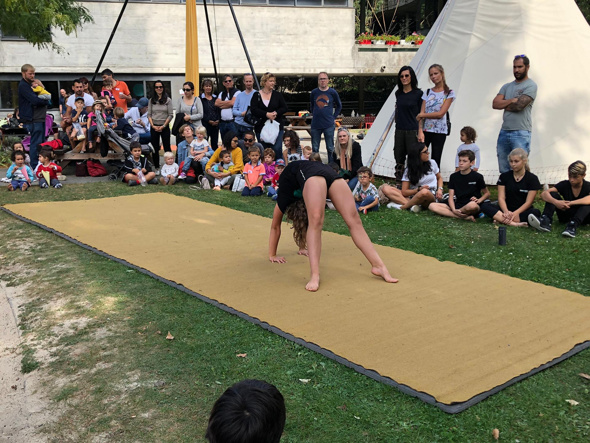Les élèves participent au dimanche enchanté de la Vallée de la Jeunesse